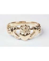 14kt Gold Claddagh Ring  - Size 9