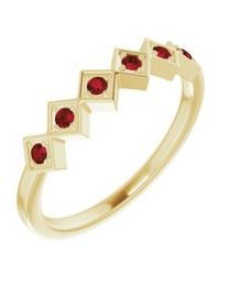 14k Yellow Gold Mozambique Garnet Stackable Ring - Size 7